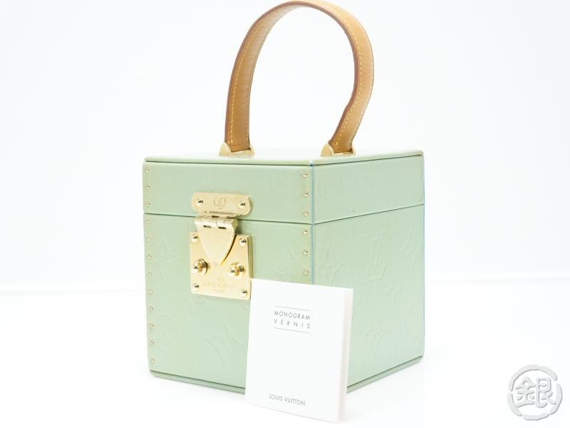 f8716f1b AUTHENTIC PRE-OWNED LOUIS VUITTON VERNIS GREEN BLEECKER COSMETIC ...