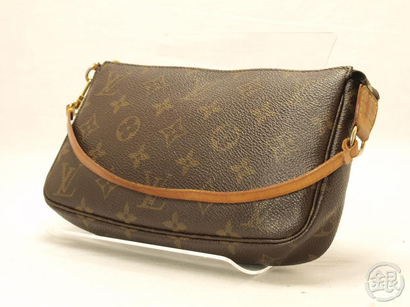 027168eefcb7 AUTHENTIC LOUIS VUITTON MONOGRAM POCHETTE ACCESSOIRES POUCH BAG PURSE