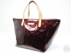 4c2fa9cf5d9f AUTHENTIC PRE-OWNED LOUIS VUITTON VERNIS AMARANTE BELLEVUE PM HAND TOTE BAG  M93585 180350